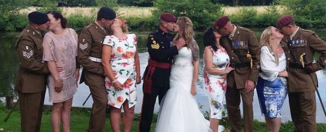 army kiss